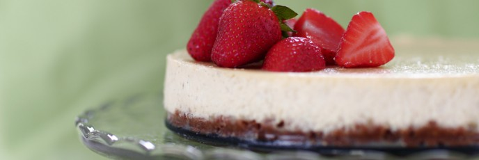 Vanilla Cheesecake with strawberries